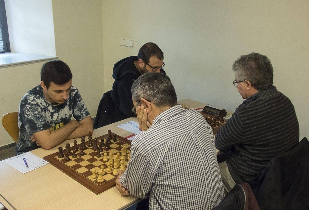 MC Lluís Casanellas i Gerard Cano jugant contra MC Josep Romero i Rafel Angelats