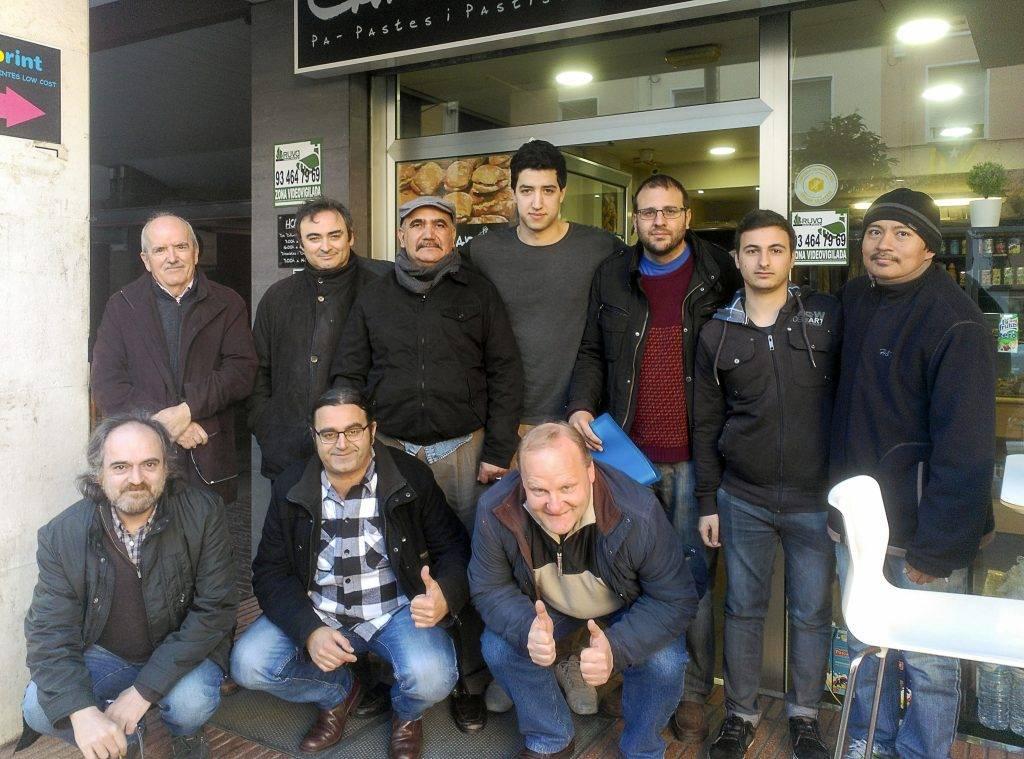 D'esquerra a dreta, drets: Teixidor, Barraca, Boubhaka, Clot, Casanellas, Cano i Mogro. Ajupits: Álvarez, Vidal i Torsten. (Foto: la dona de la fleca)