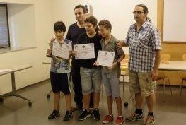 La Federació Catalana va entregar un diploma als quatre components de l'equip més jove del club, Enric Barraca, Oscar Nahuel Roqueta, Joan Moles i Trayan Kostov (Foto: J.A.)